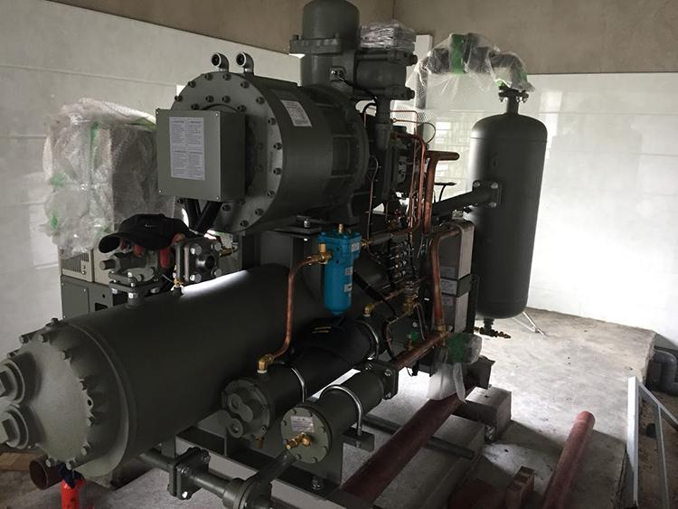 Cụm máy nén cấp đong thủy sản
